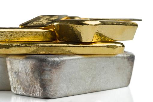 Study: Gold  and silver prices amid the COVID-19 pandemic